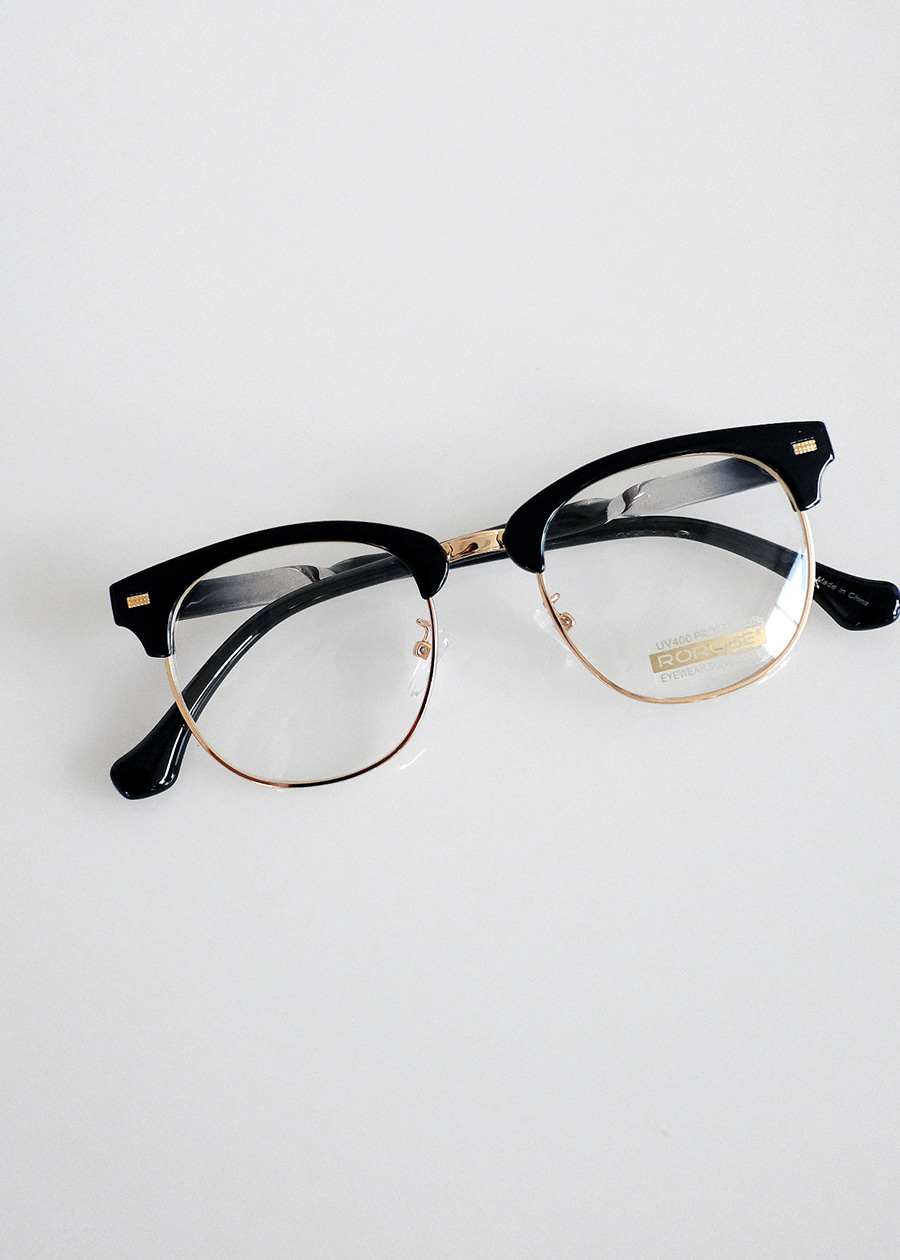 modern basic black eyewear