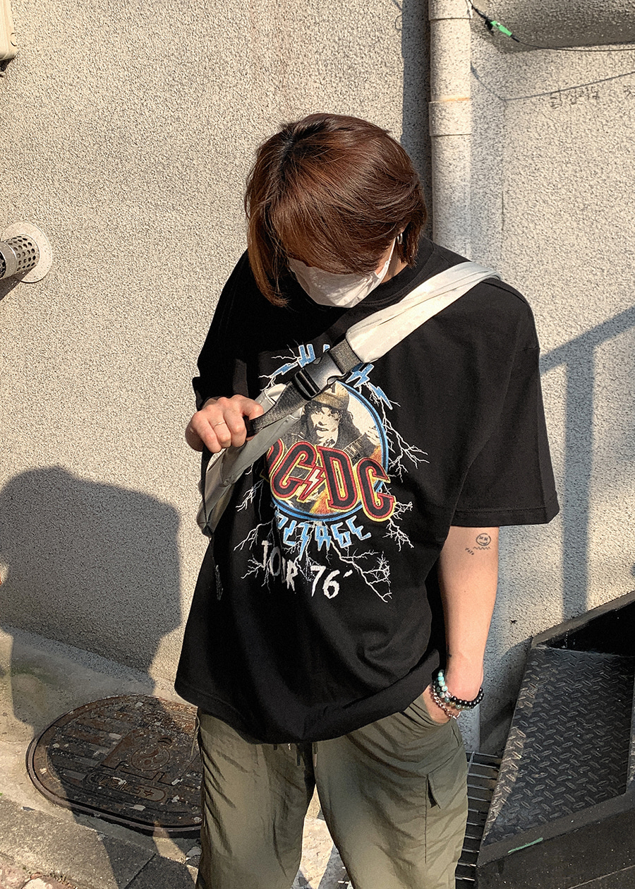 76' tour ACDC over tee black