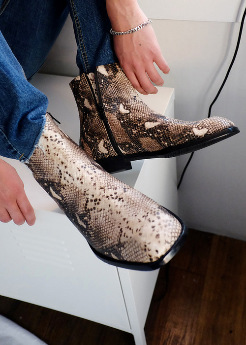 python boots in cow skin(1 color)