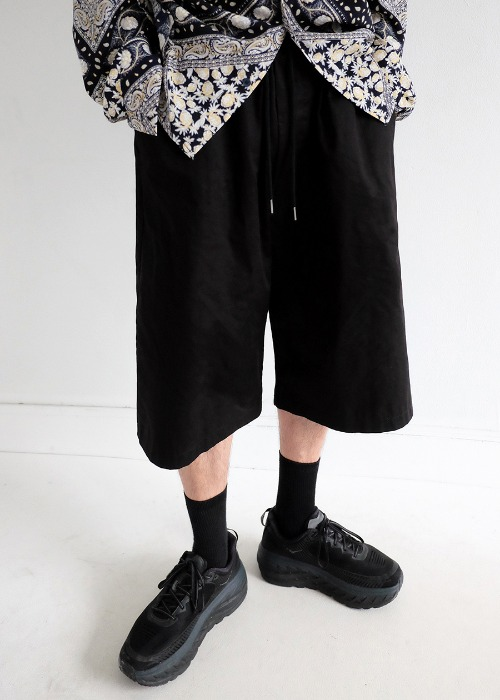 Wide long half pants(3 color)