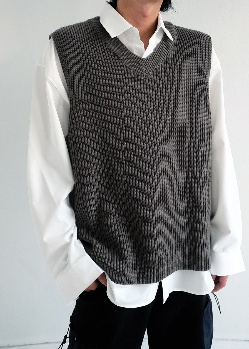 basic V-neck knit vest(4 color)